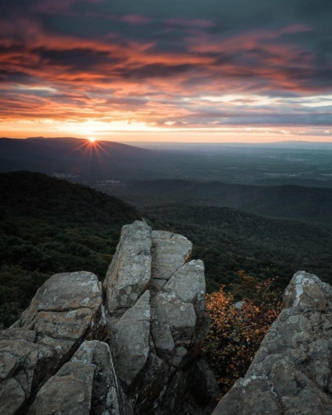 Top 9 Hiking Trails Around Charlottesville, Virginia