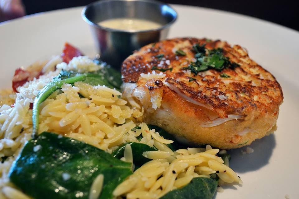 10 CVille Spots For Awesome Crab Cakes!